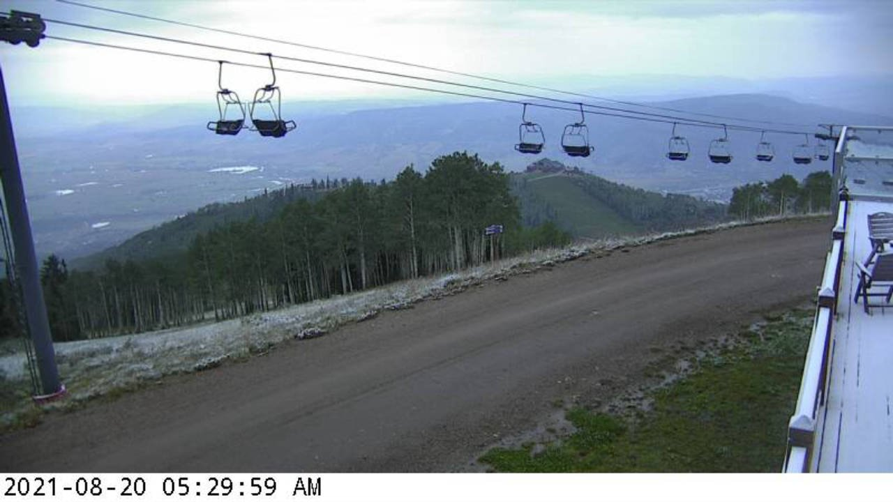 First snow at Four Points on on 20 August 2021